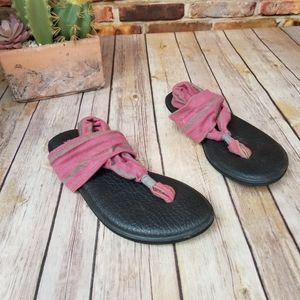 Sanuk sandal gray and pink 7